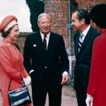 Queen with President Richard Nixon - supiri.com