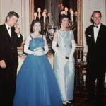 Queen with President John F Kennedy - supiri.com